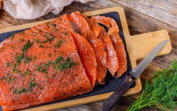 Cách làm cá hồi hồi muối chuẩn vị Bắc Âu